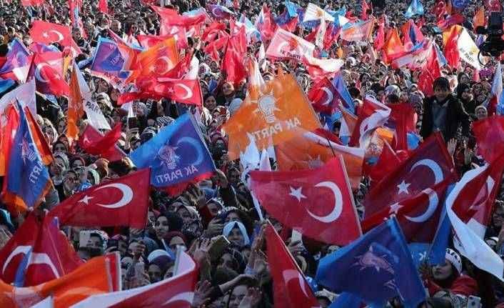 AK Parti 81 ilde seçmene beklentilerini sordu