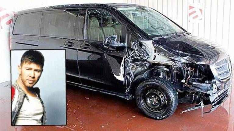 Ünlü şarkıcı Berksan trafik kazası geçirdi