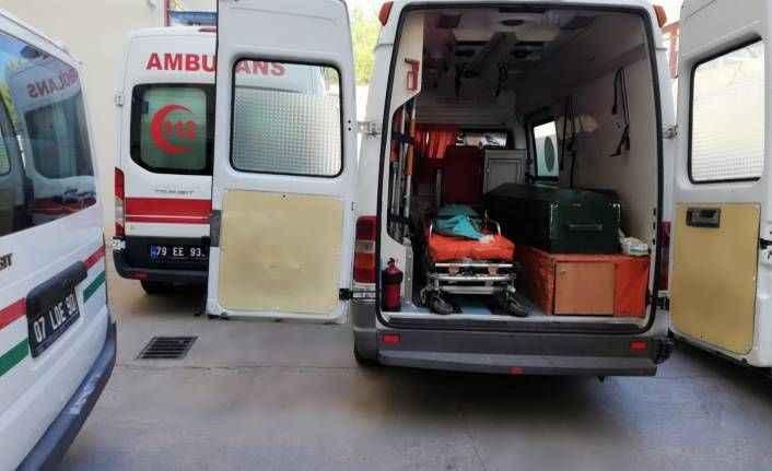 Manavgat'ta sağlık ekiplerini reddetti: Beyin kanamasından öldü!