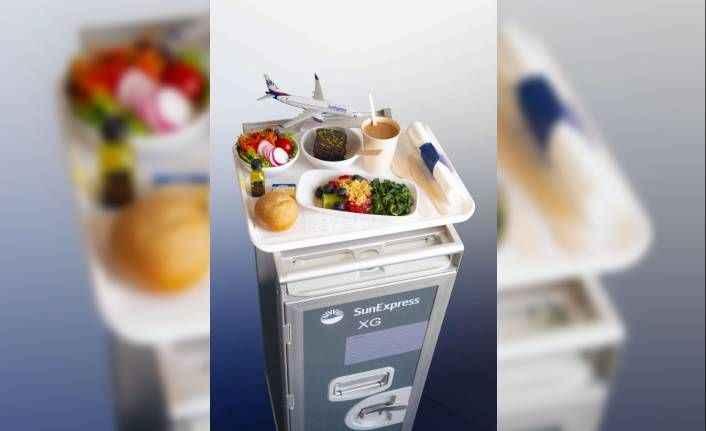 SunExpress, uluslararası uçuşlarında plastik ürünleri kaldırdı