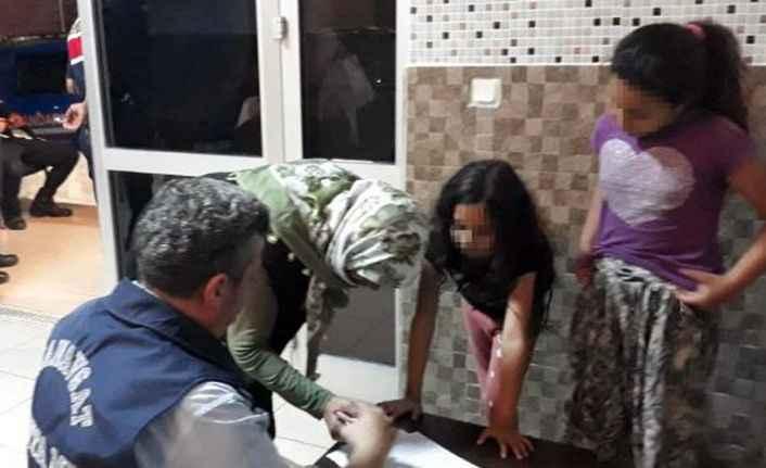 Manavgat'ta skandal! Dilenciler küçük çocukları kiraladı