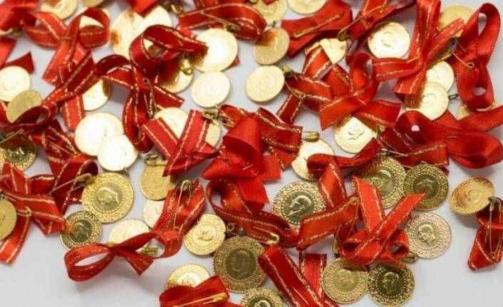 Altın fiyatları rekor seviyelerdeki seyrine devam ediyor! İşte gram ve çeyrek altın fiyatları