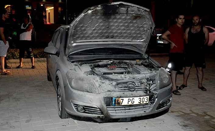 Gazipaşa'da polis memuruna şok! Otomobili kundaklandı