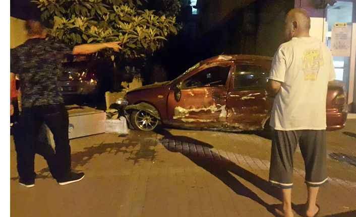 Manavgat'ta zincirleme trafik kazası: 4 yaralı