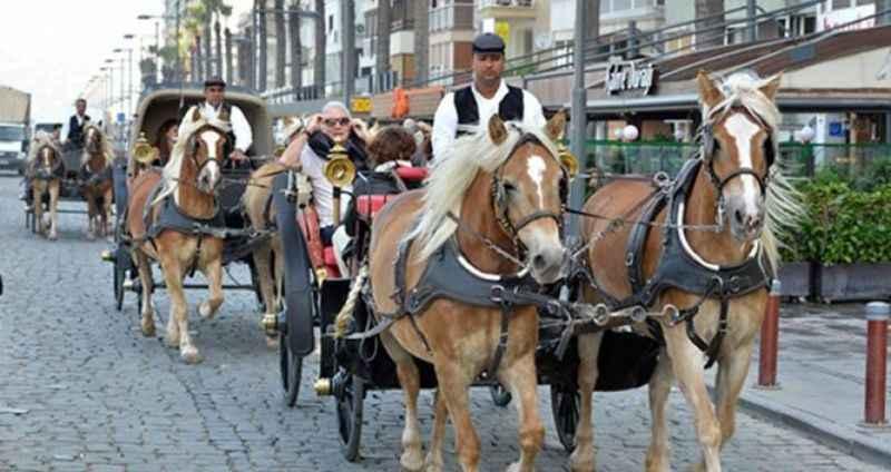 Bir dönem sona erdi! İzmir'de faytonlar resmen yasaklandı