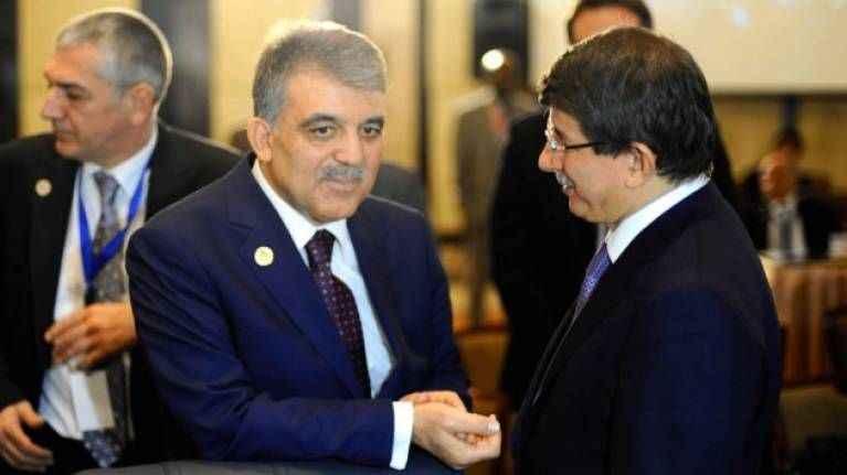 'Gül, Davutoğlu'nu yeni partinin içinde kesinlikle istemiyor'