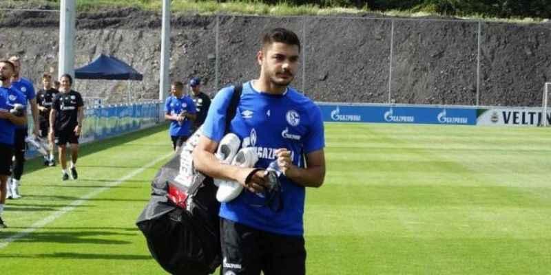 Büyük şansızlık! Ozan Kabak yeni takımıyla çıktığı idmanda sakatlandı