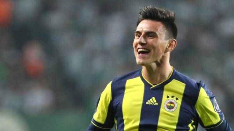 Eljif Elmas'tan Fenerbahçe'ye rest!
