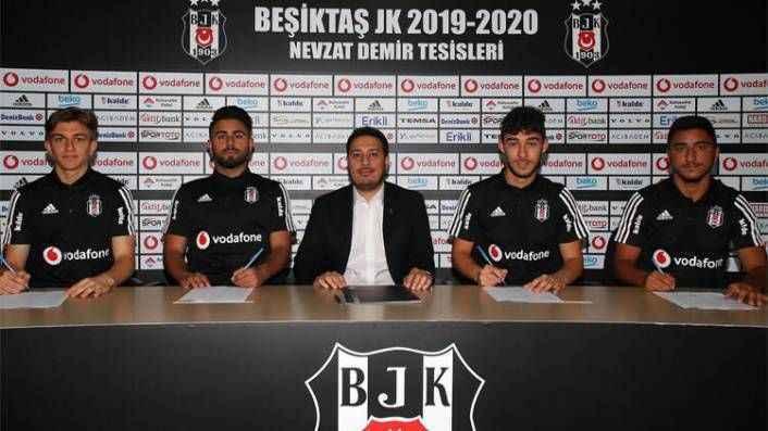 Beşiktaş 4 genç futbolcuyla sözleşme uzattı