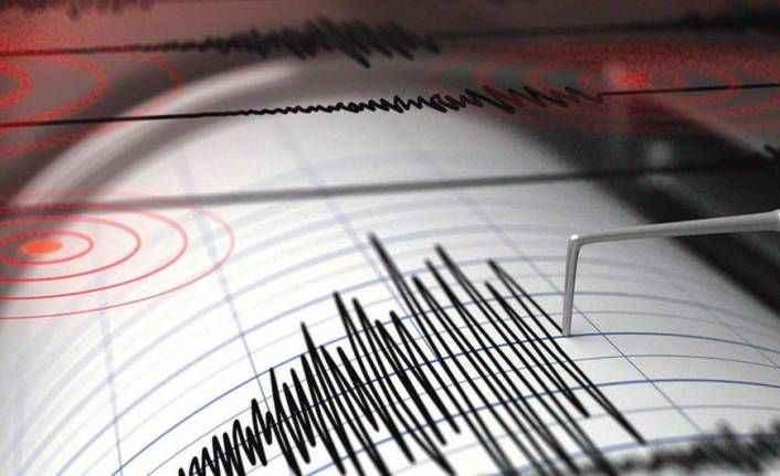 Akdeniz depremle sallandı