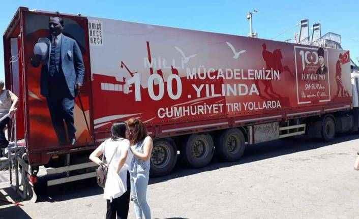 Cumhuriyet TIR'ı Alanya yolunda