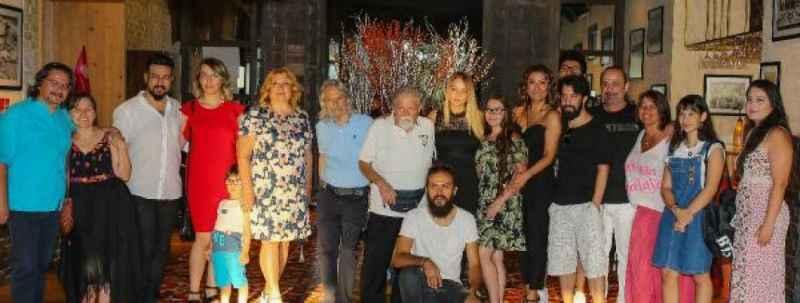 Manço ailesinden Antalya'da doğum günü buluşması