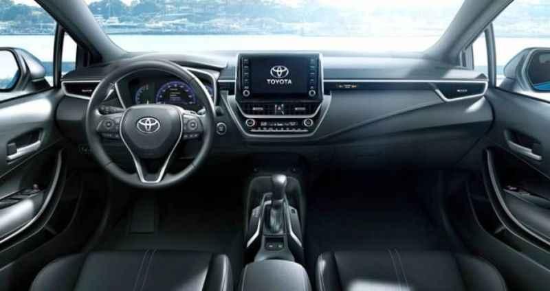 Toyota kendi kendini şarj edebilen otomobil geliştiriyor