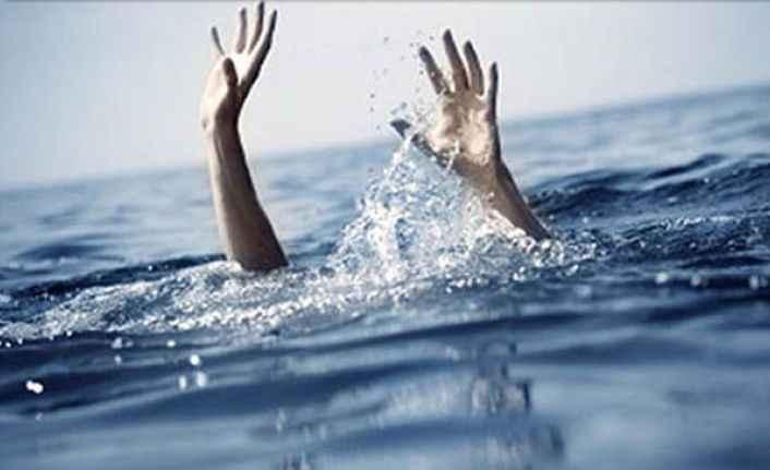 Alanya'da denize giren kadın boğulma tehlikesi geçirdi