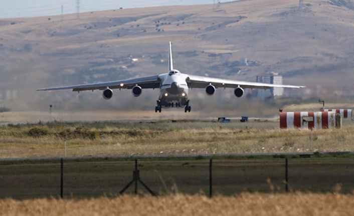 S-400'lerin sevkiyatı devam ediyor: Beşinci uçak Mürted'e indi