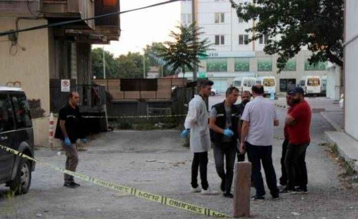 Bir kadın cinayeti daha! Ayrılmak isteyen sevgilisini sokak ortasında öldürdü