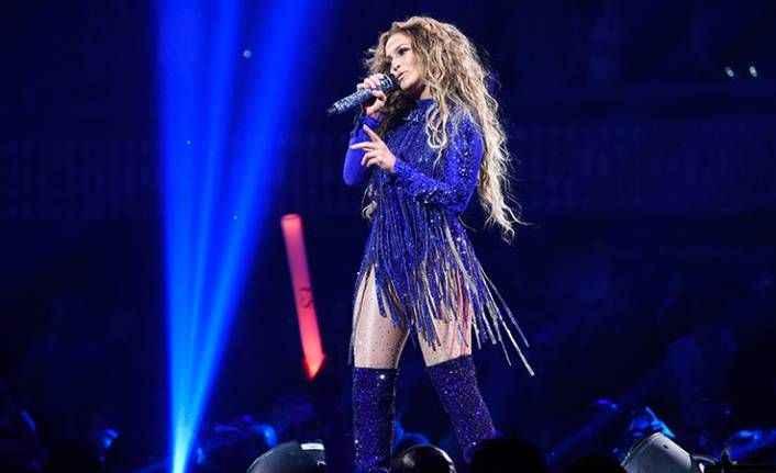 Antalya'da konser verecek Jennifer Lopez'i ayakta dinlemek 7 bin, locadan dinlemek 300 bin lira!