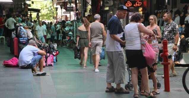Antalya esnafına yerli turist bereketi