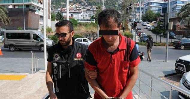Alanya'da narkotik ekipleri uyuşturucu avında!