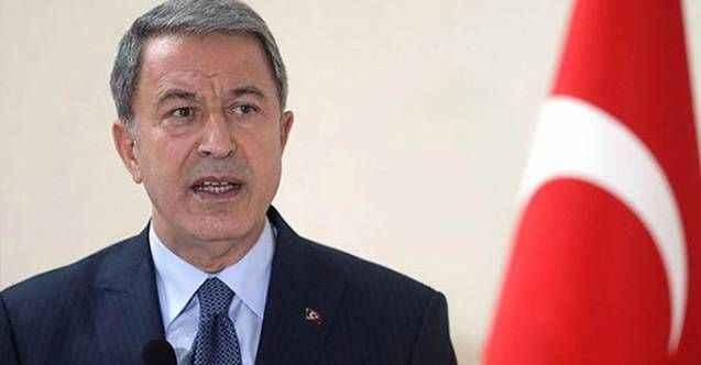 Milli Savunma Bakanı Akar'dan şehit er için duygulandıran mesaj