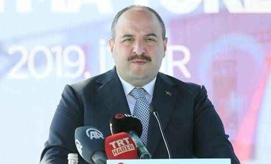 Bakan Mustafa Varank'tan 'yerli malı kullanın' çağrısı