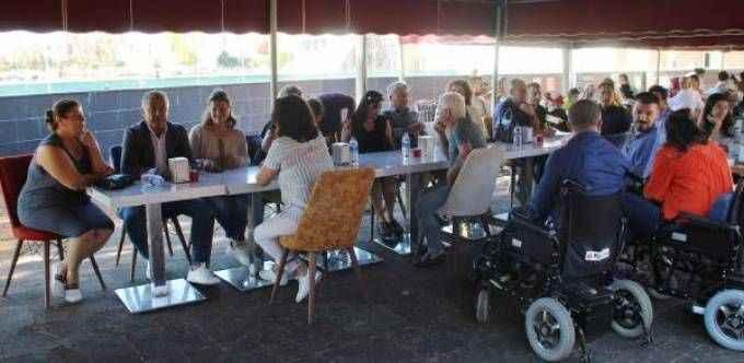 Engelliler kahvaltıda buluştu