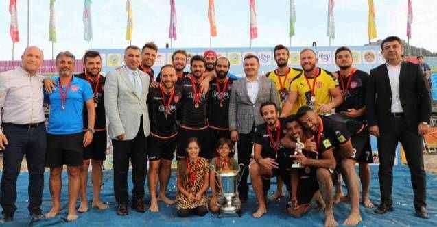 Plajda şampiyon Alanya Belediyespor