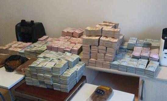 Lüks rezidansa şok baskın! Dolaptan 3 milyon lira çıktı