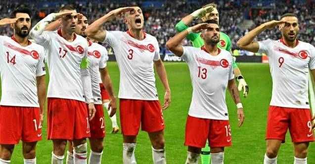 Erdoğan'dan UEFA'ya çok sert asker selamı tepkisi!