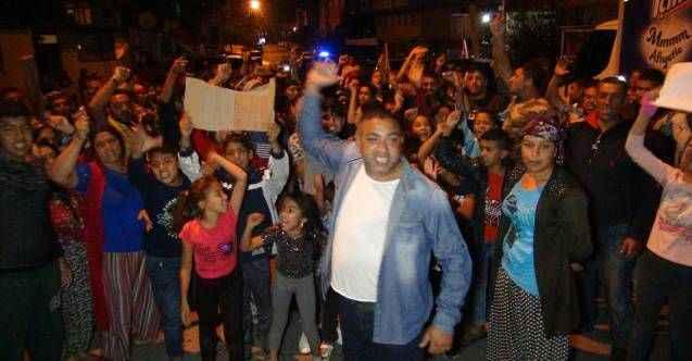 Manavgat'ta mahalleli hız-kes yapılması için sokağa döküldü