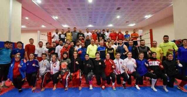 Kick boksta madalya rekoru
