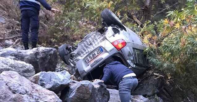 Otomobil 70 metrelik şarampole yuvarlandı: 1 ölü