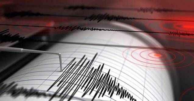 Ege'de korkutan deprem! Türkiye'de de hissedildi