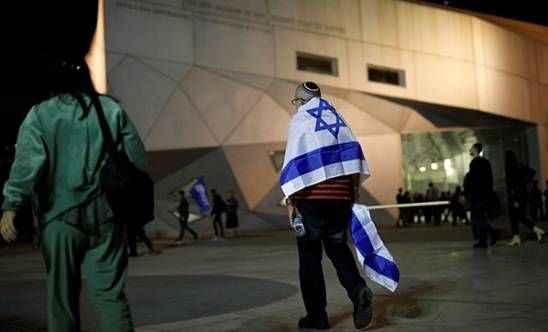 İsrail'de bomba açıklama: Çöküş kapıda...