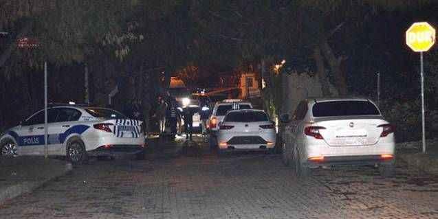 Bartholomeos'un evine giren hırsızlar yakalandı! Polisle çatıştılar