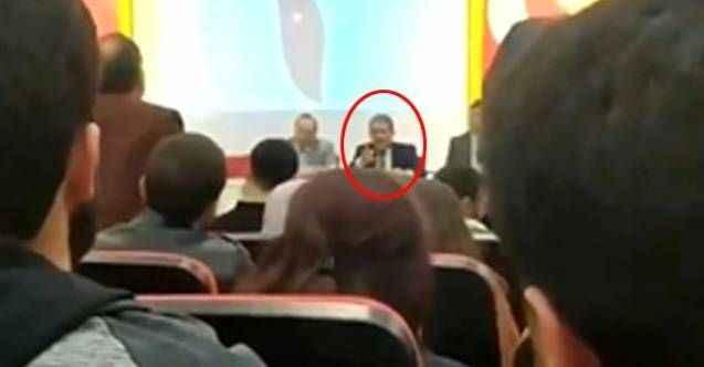 Sosyal medyada TT oldu! Rektör, öğretim görevlisini salondan kovdu