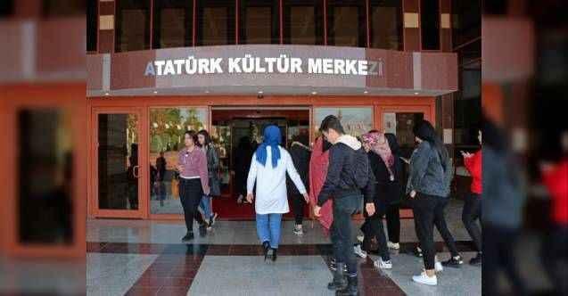 AKM'de 'Antalya' yerine 'Atatürk'