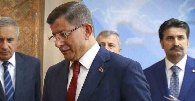 Davutoğlu'nun teklif götürdüğü MHP'li iş insanı yeni partiye katılıyor