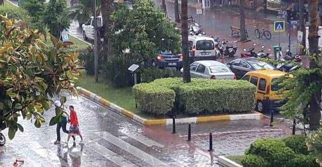 Meteoroloji'den Alanya'ya fırtına ve kuvvetli sağanak uyarısı