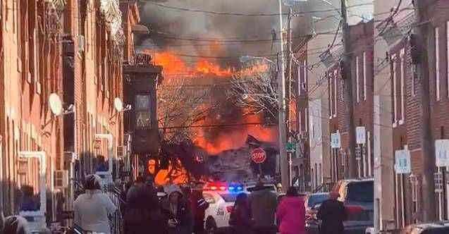 ABD'de patlama: 3 ev yıkıldı, 1 kişinin cesedine ulaşıldı