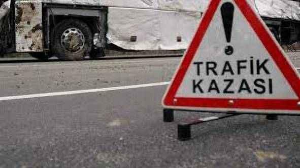 Hatayspor'un genç takımını taşıyan otobüs Sivas'ta devrildi