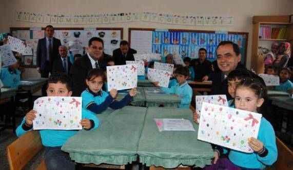 Gazipaşa'da öğrencilerin karne heyecanı