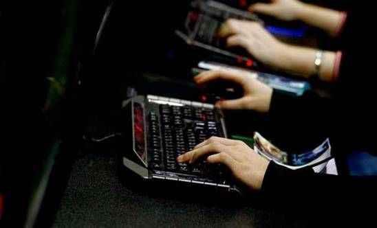 Küresel e-spor pazarının büyüklüğü 1,8 milyar dolara ulaşacak