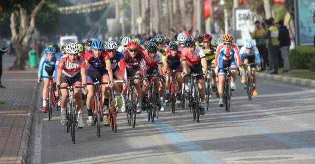 Alanya'da bisiklet yarışı heyecanı devam ediyor! İşte trafiğe kapanacak yollar