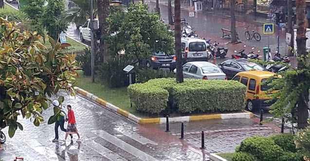 Meteoroloji'den Alanya'ya kuvvetli sağanak uyarısı