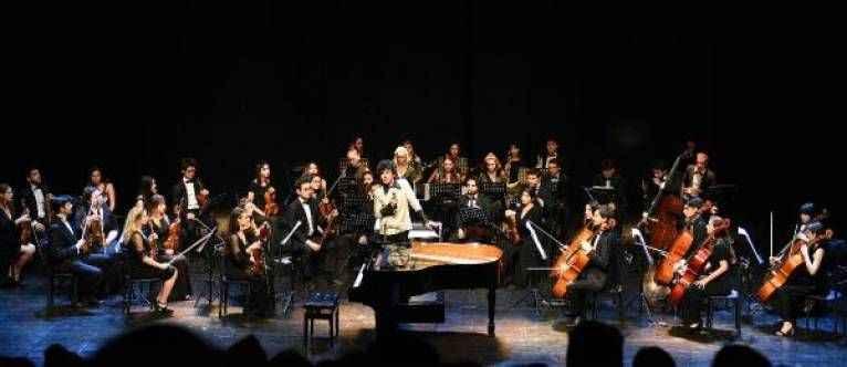 Türkan Şoray'da 'Hürrem' prömiyeri