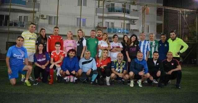 Kadınlardan futbol resitali