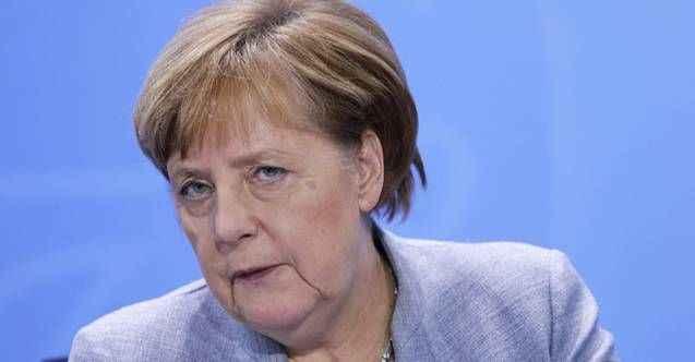 Almanya Başbakanı Angela Merkel kendisini karantinaya aldı