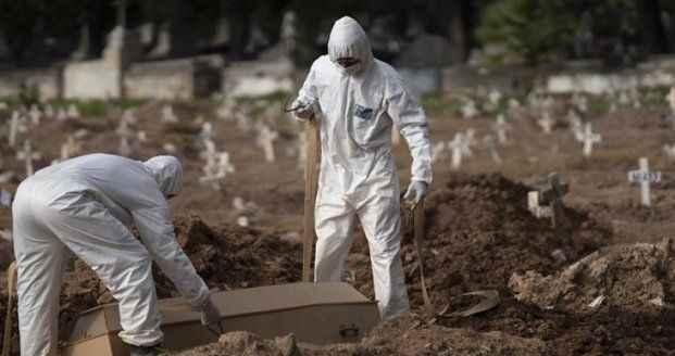 Bir ülke koronavirüsün esiri! Bir günde 1280 ölüm