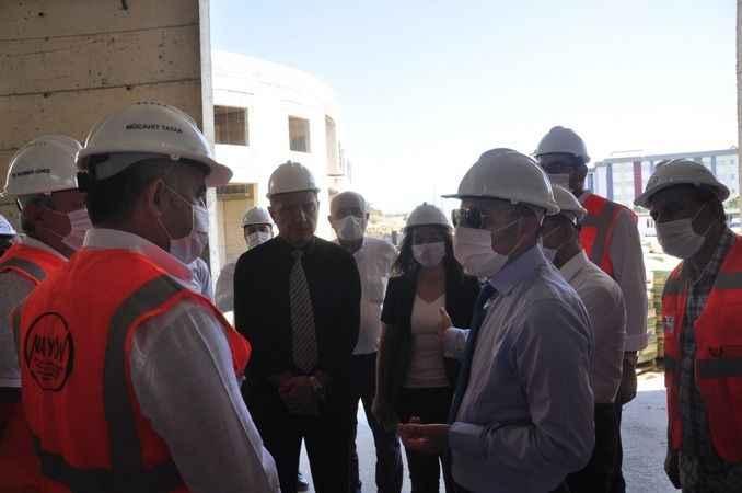 AÜ Rektörü Prof. Dr. Mustafa Ünal Manavgat'ta incelemelerde bulundu